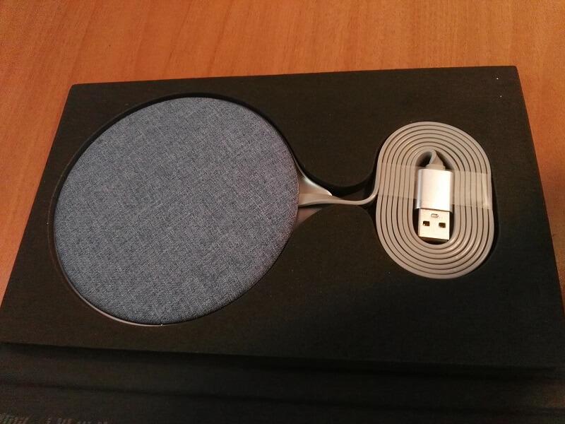 carica-batterie-wireless-in-tessuto