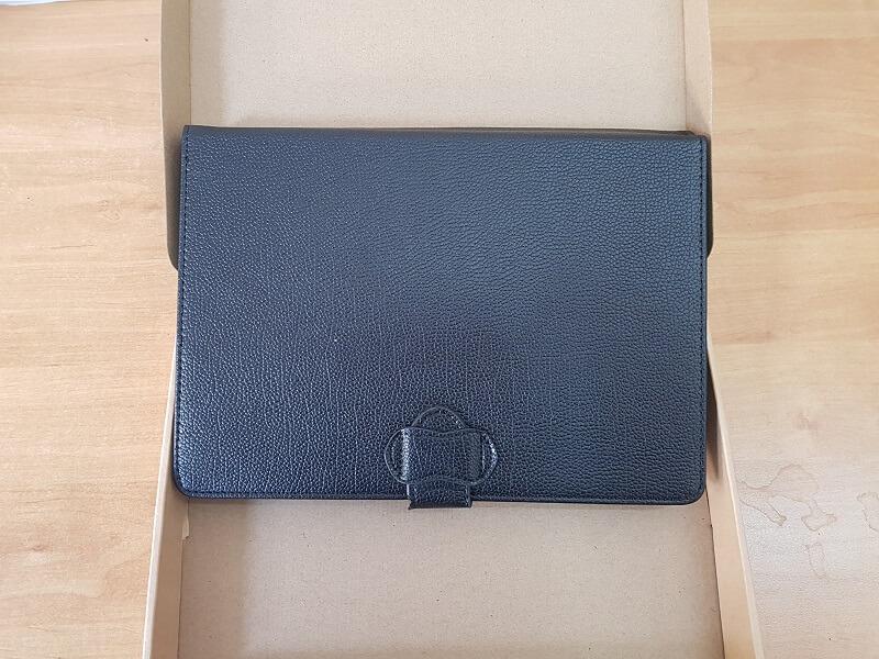 Trasforma il tablet in un PC portatile con la tastiera e mouse bluetooth