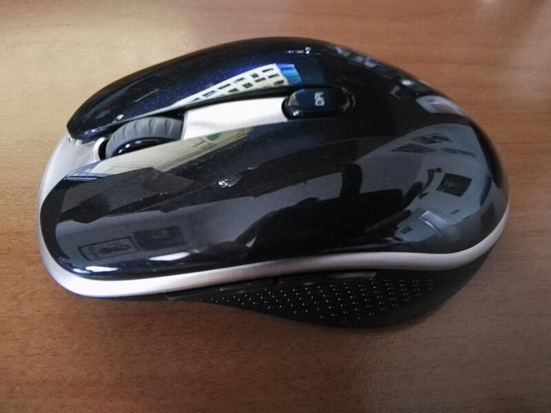 Mouse ottico senza fili con 6 pulsanti configurabili