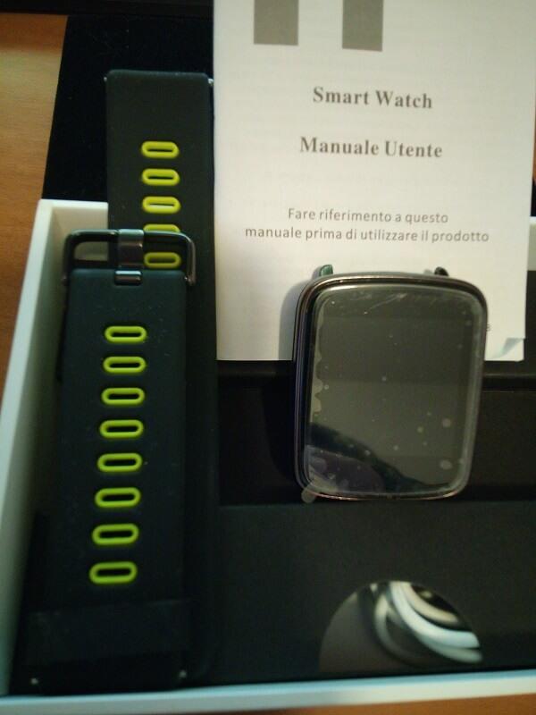 Display, cinturino e manuale di istruzioni dell'orologio digitale IP68 di Yamay