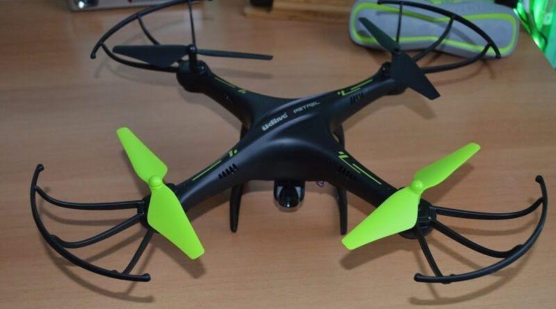 Drone Potensic U42W con eliche verdi