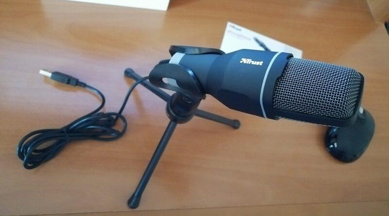 Microfono USB Trust Voxa per PC su treppiede
