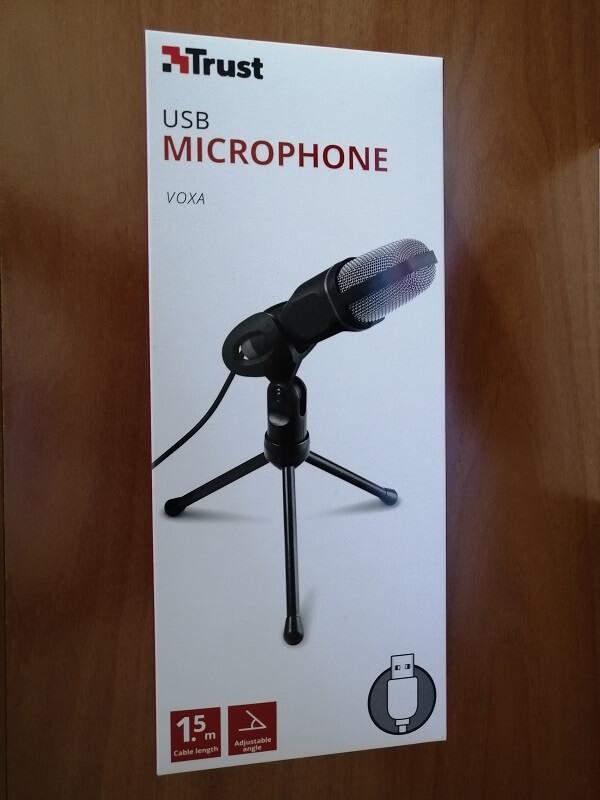 Confezione del microfono USB Trust Voxa con treppiede